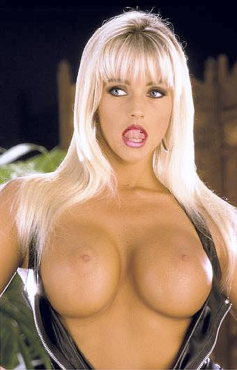 Playful bare titts girls