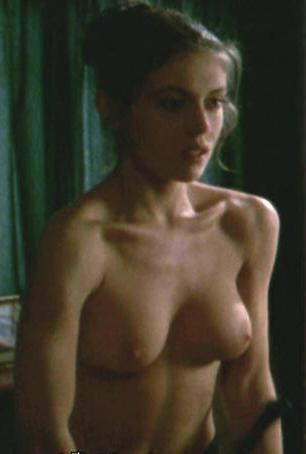 alyssa-milano-outer-limits051