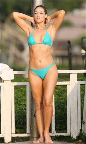 denise-richards17
