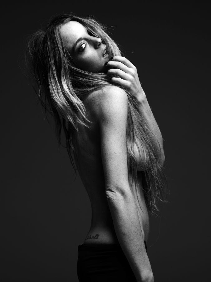 linsday-lohan-topless02