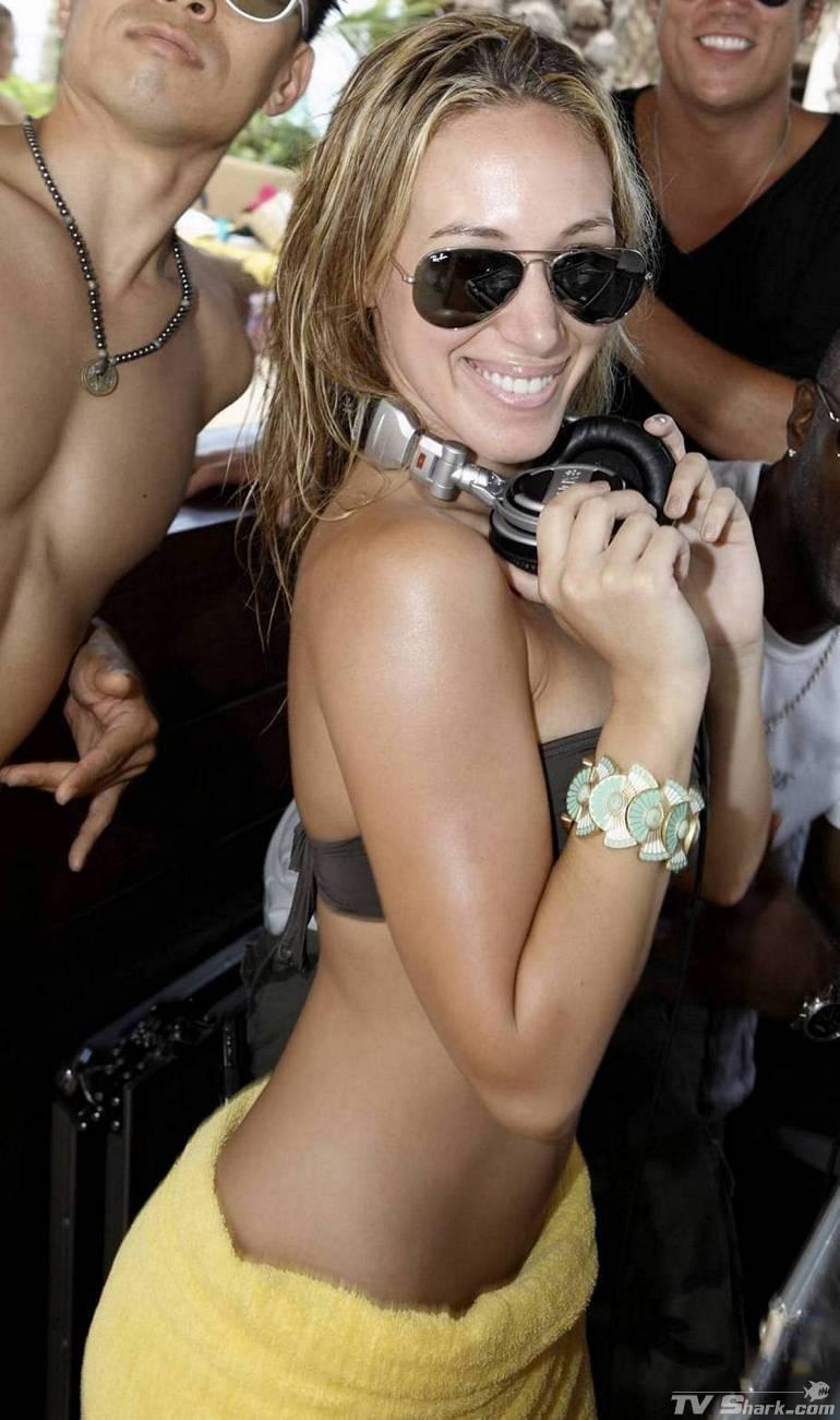 Beyonce britney spears jennifer lopez amp nicole scherzinger - 3 part 8